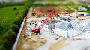 土台となる基礎をキチンと築いてから、家を組み立てていく