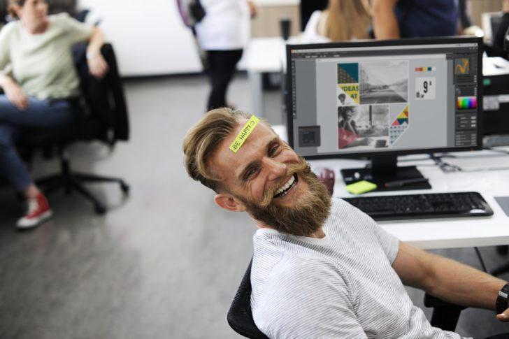 仕事で幸せな人生を送っている人の3つの特徴