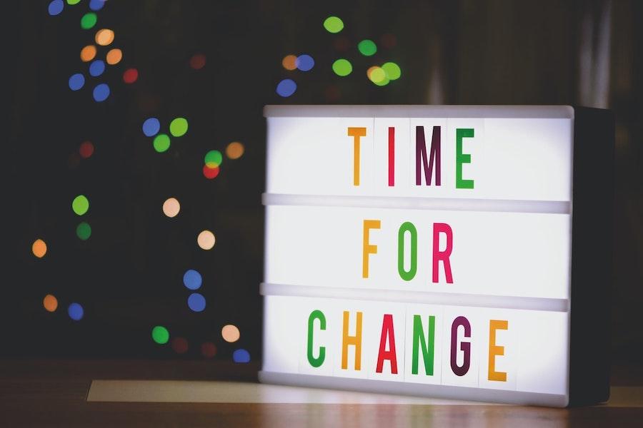 時代の変化が早い今だからこそ、変われる人の方が成長が早い